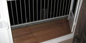 Een verhoogd terras op je balkon