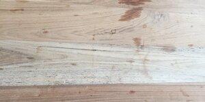 Vlekken en kringen van je houten tafel