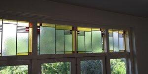 Voorzet ramen bij glas in lood