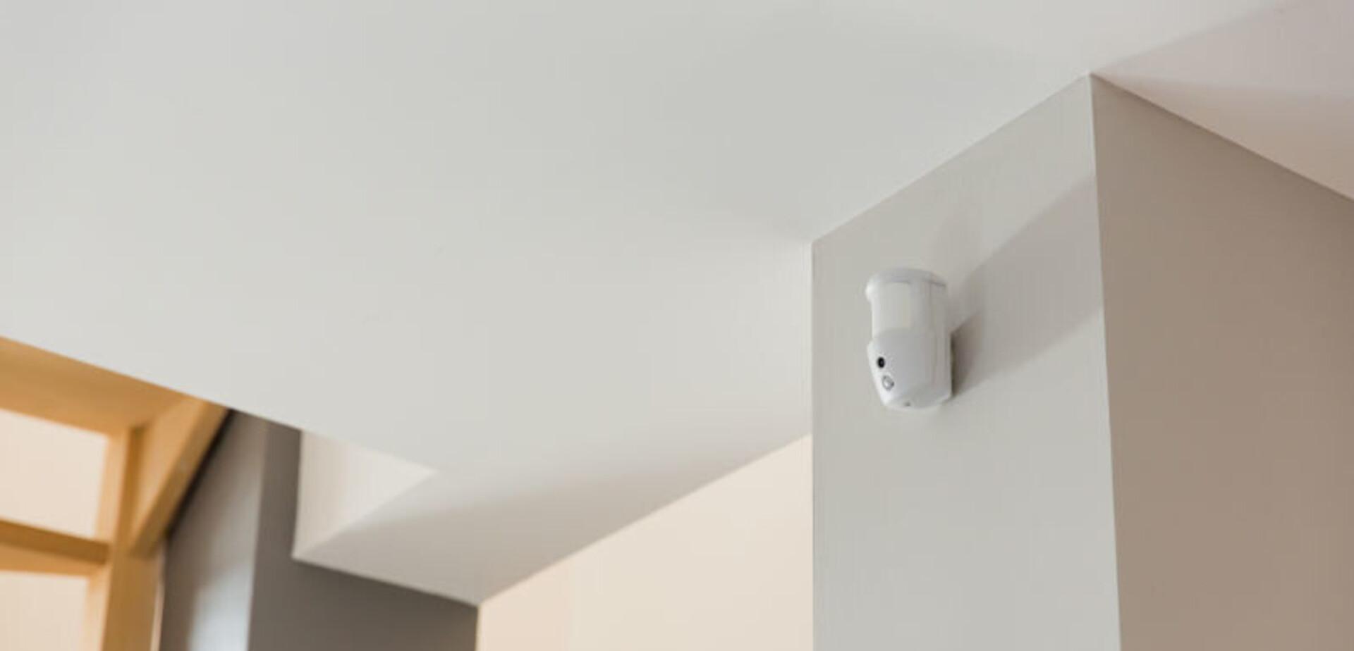 Luminaire Pour Couloir D Entrée installer un détecteur de mouvements | Étape par étape