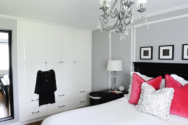 Chambre à coucher avec placard