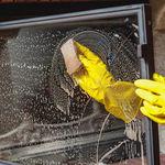 De haard of houtkachel onderhouden en reinigen