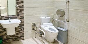 De badkamer inrichten voor mensen met een beperkte mobiliteit