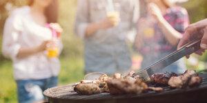 choisir barbecue au charbon
