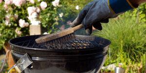 Da's slim: zo maak je je houtskoolbarbecue proper