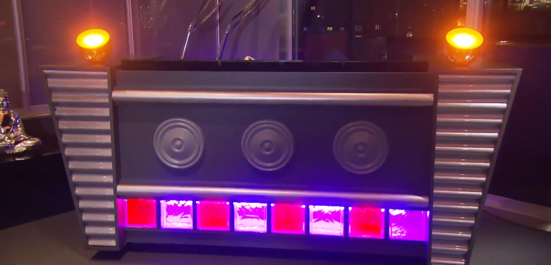Top DJ booth maken - Brico | Voor de makers IW36